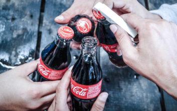 Ο παράξενος μύθος που κυκλοφορεί για την Coca-Cola