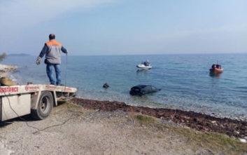 Αυτοκίνητο έκανε «βουτιά» στη θάλασσα, στο νοσοκομείο ο οδηγός