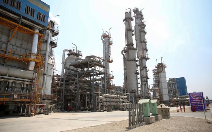 Mε κυρώσεις απειλείται η Ελλάδα εάν αγοράσει ιρανικό πετρέλαιο