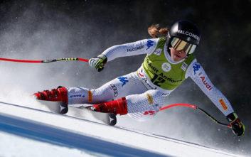 Ολυμπιονίκης του σκι κατάφερε να «παρκάρει» το αυτοκίνητό της πάνω σε βανάκι