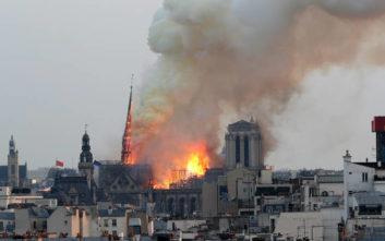 Παναγία των Παρισίων: Κύμα συμπαράστασης, προσφοράς και αλληλεγγύης στη Γαλλία