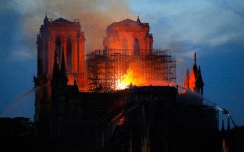 Το συγκινητικό σκίτσο του Αρκά για την καταστροφική φωτιά στην Παναγία των Παρισίων
