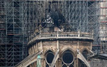 Παναγία των Παρισίων: Ουγγρική πόλη προσφέρει 10.000 ευρώ για την ανοικοδόμηση του ναού