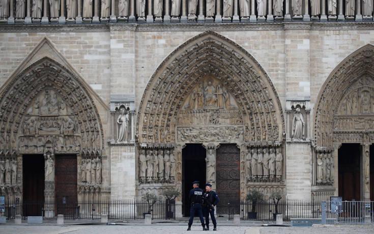 Παναγία των Παρισίων: Απαγορεύτηκαν οι διαδηλώσεις των Κίτρινων Γιλέκων κοντά στο ναό
