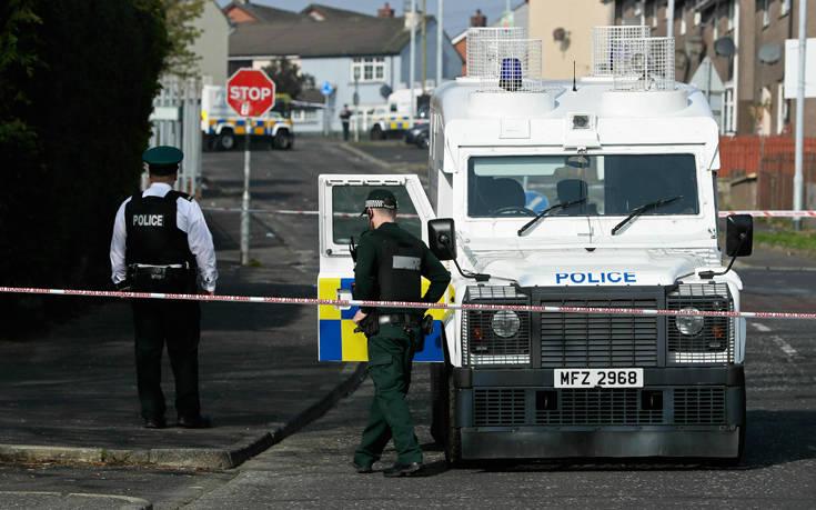 Η ΕΕ καταδίκασε τη δολοφονία δημοσιογράφου στη Βόρεια Ιρλανδία