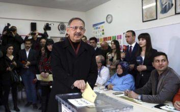 «Λάθη» σε χιλιάδες κάλπες στην Άγκυρα καταγγέλλει ο υποψήφιος του Ερντογάν