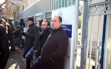 Με ραντεβού η παραλαβή των αδειών διαμονής από το υπουργείο Μετανάστευσης και Ασύλου