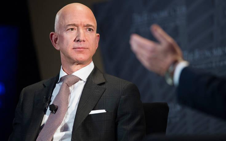 Έτσι βρήκε ο Μπέζος τι πρέπει να πουλάει η Amazon