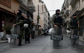 Σε εξέλιξη μεγάλη επιχείρηση της αστυνομίας στα Εξάρχεια