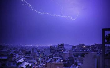 Κεραυνοί στην Ελλάδα: Πού πέφτουν οι περισσότεροι, πόσοι άνθρωποι έχουν πεθάνει