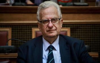 Παραίτηση με αιχμές του προέδρου της Επιτροπής για τα Δικαιώματα του Ανθρώπου