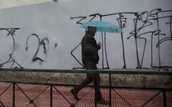 Βροχές και καταιγίδες μετά το μεσημέρι, άνεμοι έως 7 μποφόρ