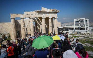 Αναλαμβάνει δράση το υπ. Πολιτισμού μετά τον κεραυνό στην Ακρόπολη