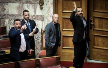 Ένταση στη Βουλή, πρόκληση από βουλευτή της Χρυσής Αυγής