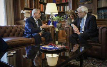 Μενέντεζ σε Παυλόπουλο: Ποτέ δεν ήταν ισχυρότερη η σχέση Ελλάδας – ΗΠΑ