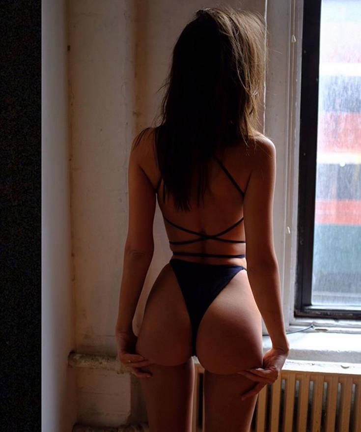 Η Έμιλι είναι ένα σέξι πασχαλινό κουνελάκι – Newsbeast