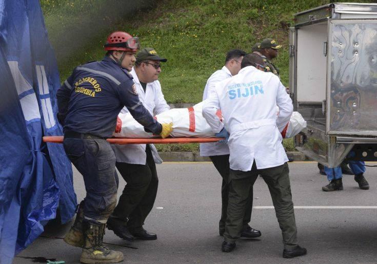 Αυξάνεται ο αριθμός των νεκρών από την κατολίσθηση στην Κολομβία