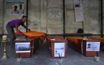 Νεκροί, τραυματίες και εκατοντάδες ζημιές από την φονική καταιγίδα στο Νεπάλ
