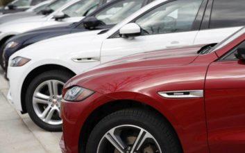 Μεγάλη βρετανική αυτοκινητοβιομηχανία ανέστειλε τη λειτουργεία της λόγω Brexit
