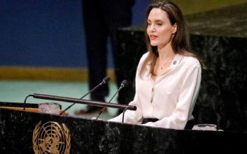 Τζολί: Οι Αφγανές πρέπει να μπορούν να μιλούν για τον εαυτό τους