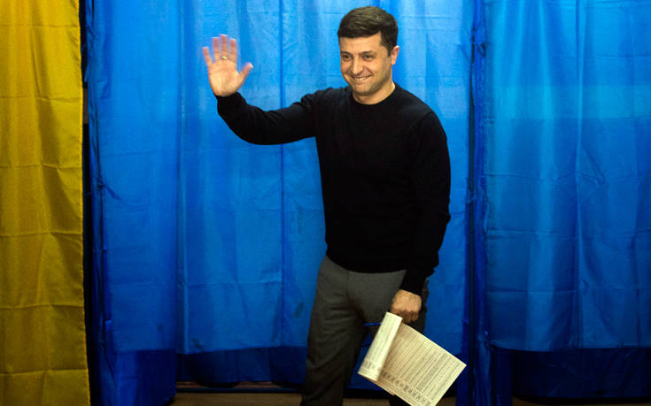 Τρεις σοβαρές προκλήσεις για τον Ζελένσκι στην προεδρία της Ουκρανίας