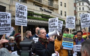 «Προληπτική» αποκαλεί το Μπρουνέι την τιμωρία ομοφυλόφιλων και μοιχών με θάνατο
