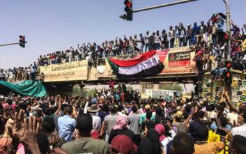 Παραιτήθηκε ο αρχηγός των υπηρεσιών ασφαλείας και πληροφοριών του Σουδάν