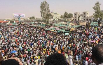 Στη φυλακή ο ανατραπείς πρόεδρος του Σουδάν