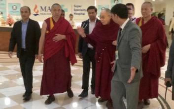 Εξιτήριο από το νοσοκομείο για τον Δαλάι Λάμα