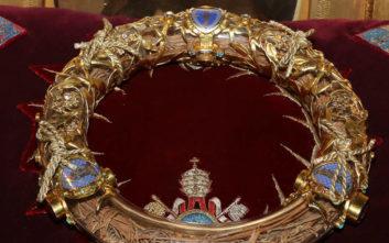 Παναγία των Παρισίων: Ο ηρωικός ιερέας που έσωσε το Ακάνθινο Στεφάνι του Χριστού