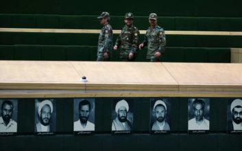 Φρουροί της Επανάστασης: Ιρανικοί πύραυλοι μπορούν εύκολα να φθάσουν πολεμικά πλοία των ΗΠΑ