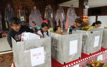 Εκλογές στην Ινδονησία: Σε εξέλιξη η μεγαλύτερη εκλογική διαδικασία στον πλανήτη