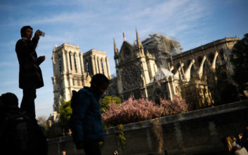 Παναγία των Παρισίων: Συνομιλίες Γαλλίας-Ρωσίας για την αποκατάσταση