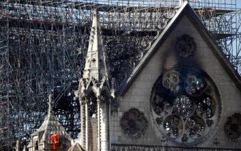 Παναγία των Παρισίων: Η Αλβανία προσφέρει 100.000 ευρώ για την αποκατάσταση του ναού