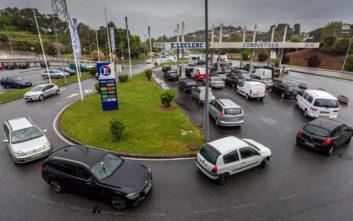 Επιστρέφουν στις διαπραγματεύσεις οι οδηγοί βυτιοφόρων στην Πορτογαλία, έληξε η απεργία