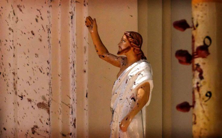 Στους 215 έφτασαν οι νεκροί στη Σρι Λάνκα από το μπαράζ ευθυνών