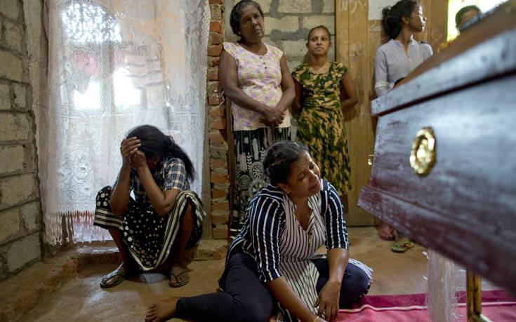 Μακελειό στη Σρι Λάνκα: Εθνικό πένθος στη χώρα, μεγαλώνει ο απολογισμός των θυμάτων