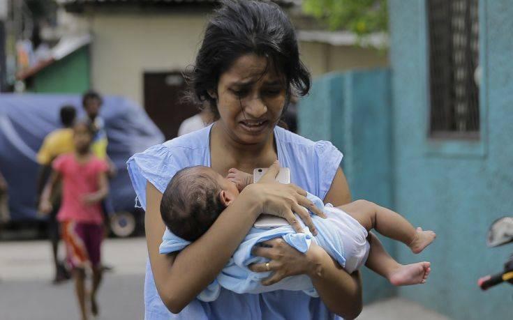Μακελειό στη Σρι Λάνκα: Τρόπο να φύγουν από τη χώρα ψάχνουν οι τουρίστες