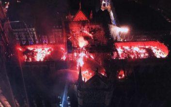 Συγκλονιστική εικόνα από drone δείχνει την πύρινη κόλαση στην Παναγία των Παρισίων