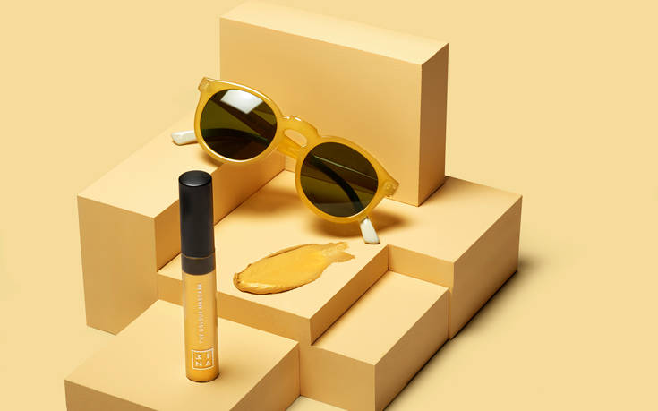Πώς θα σας φαινόταν να συνδυάσετε τα γυαλιά ηλίου με το μακιγιάζ σας; – Newsbeast