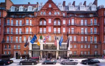 Το θρυλικό ξενοδοχείο στο Λονδίνο καταφύγιο για εξόριστους βασιλείς