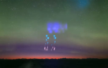 Τα μυστηριώδη φώτα στη Νορβηγία που έμοιαζαν με «επίθεση εξωγήινων»