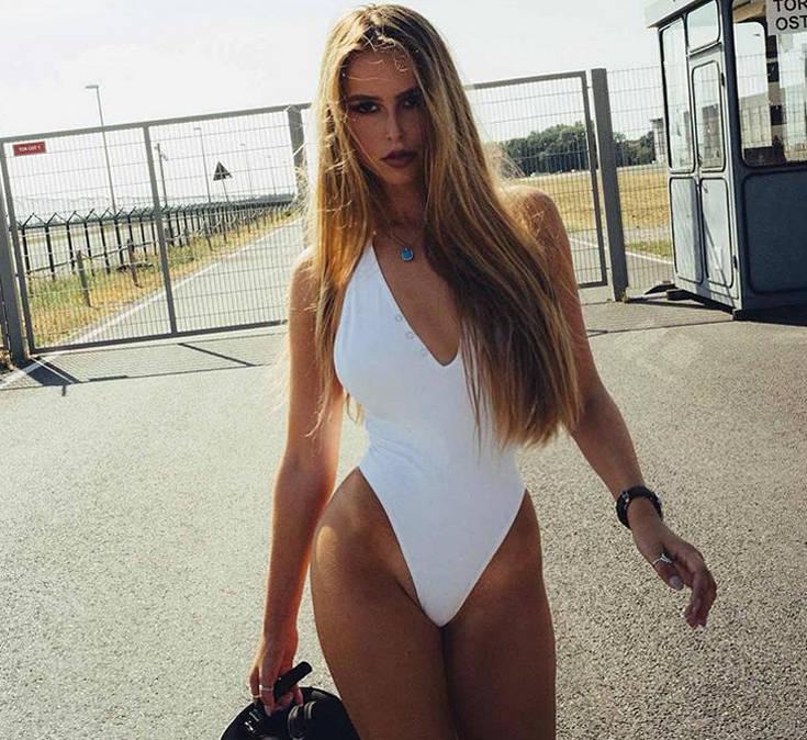 Η Ελληνίδα που κάνει άνω κάτω την Γερμανία με τις σέξι πόζες της – Newsbeast