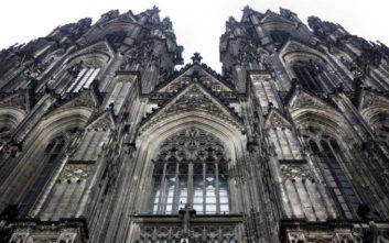 Παναγία των Παρισίων: Οι New York Times... μπέρδεψαν τους καθεδρικούς