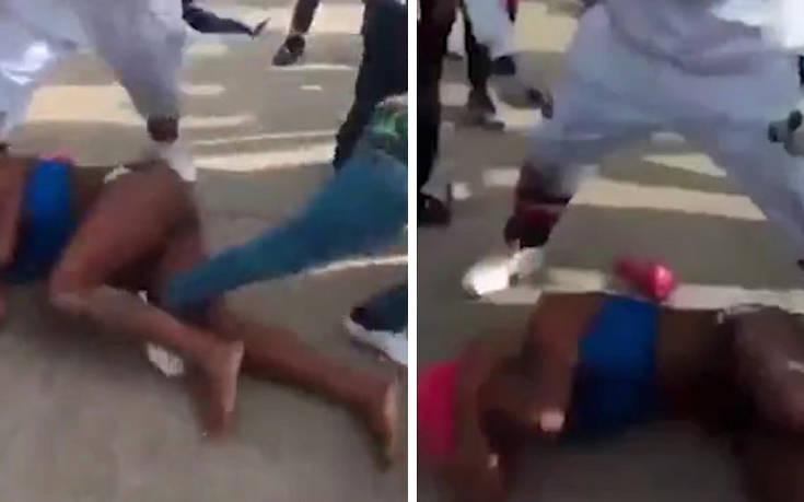 Σκληρό βίντεο με διεμφυλική γυναίκα που τη γρονθοκοπούν και την κλωτσούν στη μέση του δρόμου