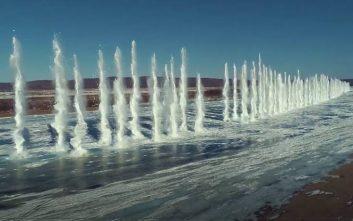 Θεαματική έκρηξη σε παγωμένο ποταμό
