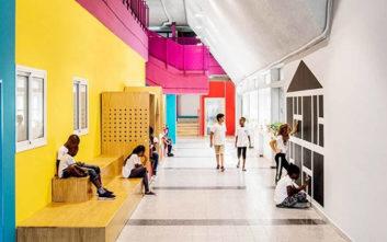 Το χρωματιστό σχολείο – πρότυπο για προσφυγόπουλα στο Τελ Αβίβ