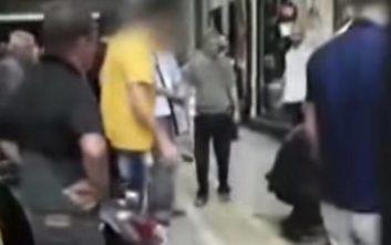 Υπόθεση Ζακ Κωστόπουλου: Ταυτοποιήθηκε ο άντρας - μυστήριο με το κίτρινο μπλουζάκι