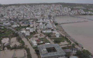 «Βούλιαξε» η Κρήτη από την κακοκαιρία, διασώθηκαν 22 άνθρωποι