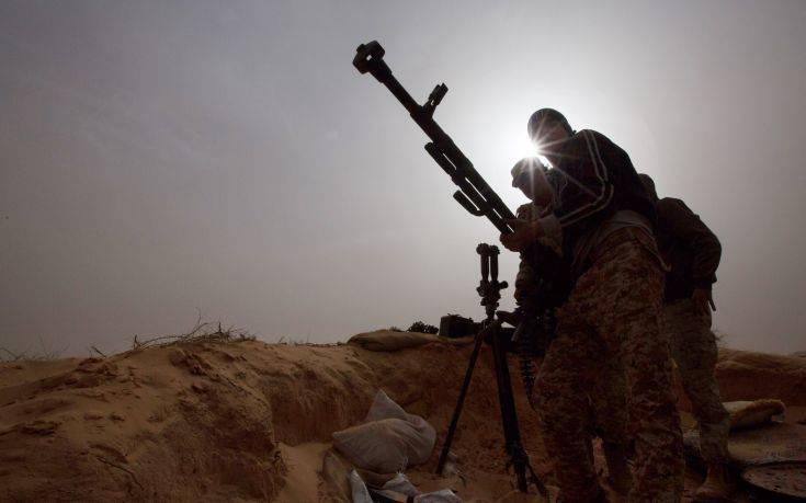 Η Μόσχα καλεί σε διάλογο τις εχθρικές πλευρές της Λιβύης